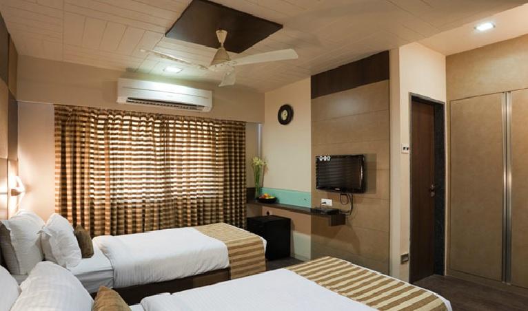 Hotel Skylark in Kolhapur
