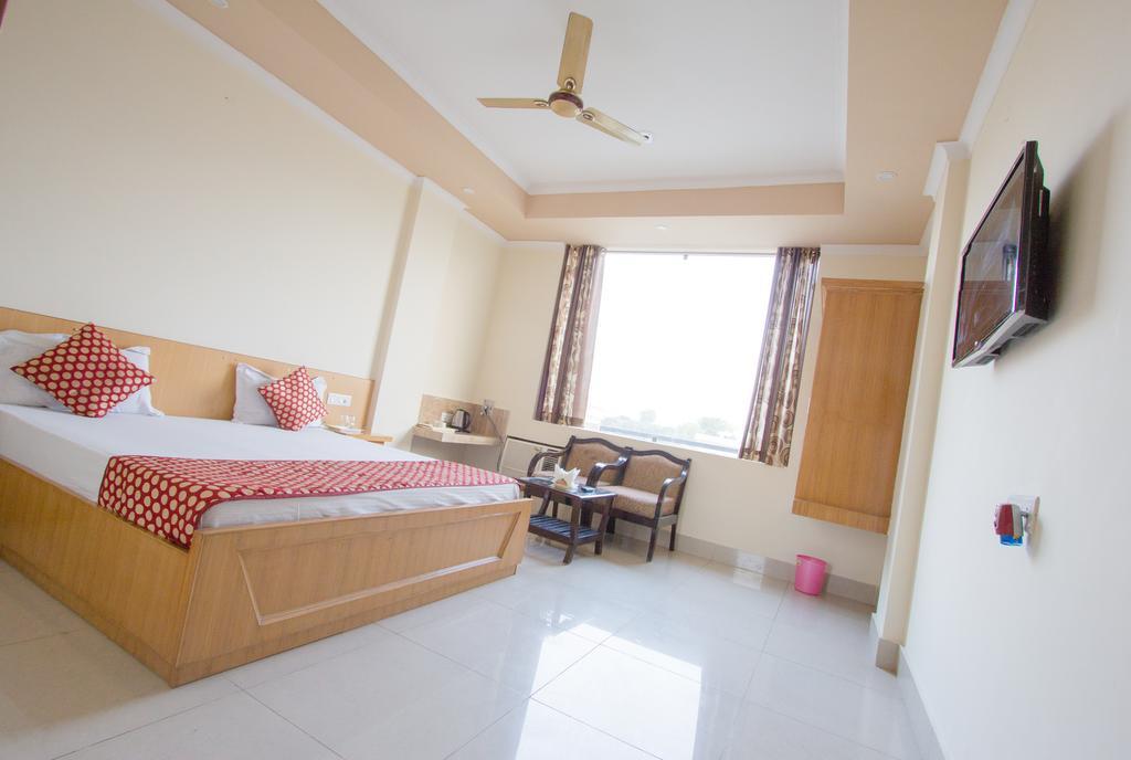 Hotel Sneh Ganga in Dehradun