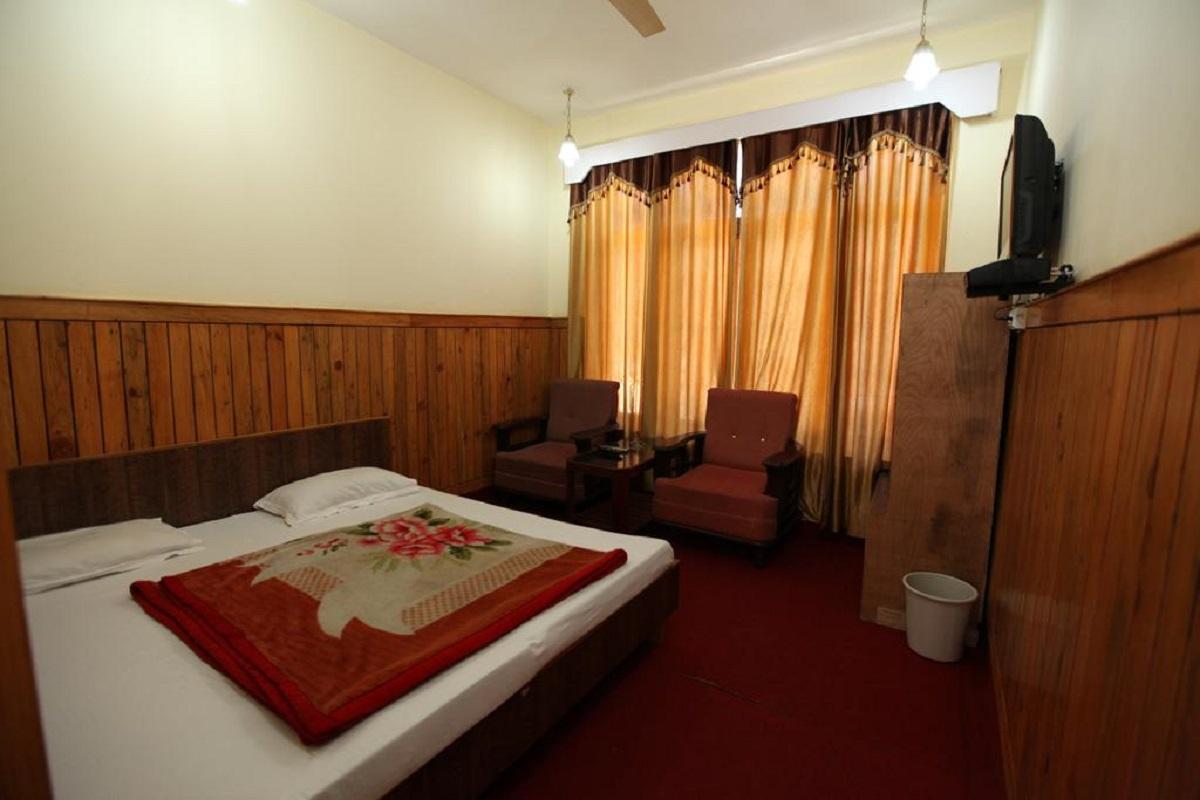 Hotel Snow Crest in Govindghat