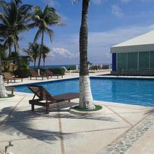 Hotel Solymar Departamento De Lujo in Cancun
