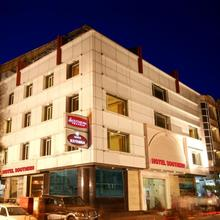 Hotel Southern in Chaukhandi