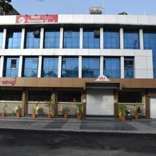 Capital O 60064 Hotel Sparkling Pearl in Aurangabad