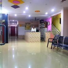 Hotel Sri Guru Residency in Rajahmundry
