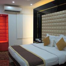 Hotel Sri Nanak Continental in New Delhi