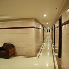 Hotel Sri Vengamamba Grand in Hyderabad