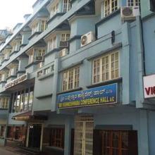 Hotel Sri Vigneshwara Comforts in Tumkur