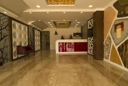 Hotel Srm Grands in Pattabiram