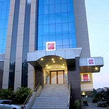 Hotel Studio Estique in Pimpri Chinchwad