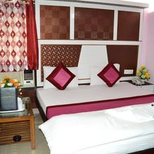 Hotel Su Shree Continental in New Delhi