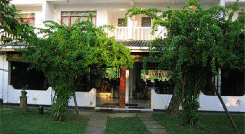 Hotel Sumadai in Induruwa