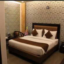 Hotel Sun Estate in Gwalior