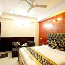 Hotel Suncity in Raiwala