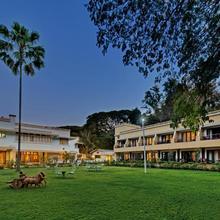 Hotel Sunderban Resort & Spa in Pune
