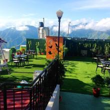 Hotel Sungrace in Dharda