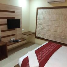 Hotel Sunrise in Jhansi