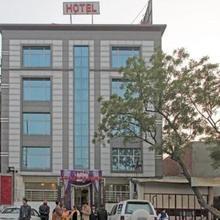 Hotel Sunshine Park in Ghaziabad