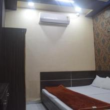 Hotel Surya in Dewas