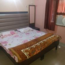 Hotel Surya in Rishikesh