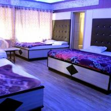 hotel SWASTIK in Mount Abu