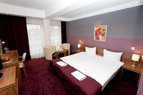 Hotel Swing in Wegrzce