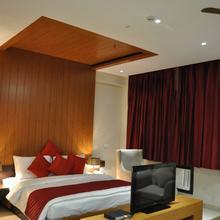 Hotel The Amaris in Pratitnagar