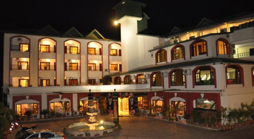 Hotel The Grand Raj in Mcleodganj