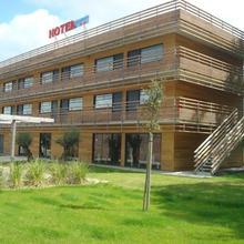 Hotel The Originals Saint-nazaire Anaïade (ex Inter-hotel) in Saint-nazaire