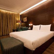 Hotel The Regent in Chandigarh