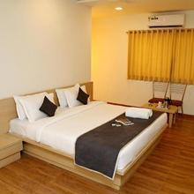 OYO 24482 Hotel The Rivera in Rajkot