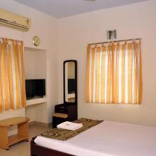 Hotel Theertha Park in Pondicherry