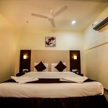 Hotel Thiruchendur Mani Iyer in Palni