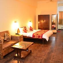 Hotel Trg in Jammu