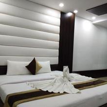 Hotel Tridev in Badhwa Bara