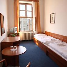Hotel U Černého orla in Dacice