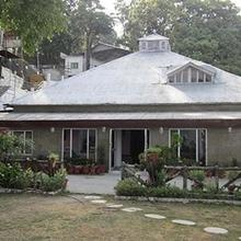 Hotel Urvashi Palace in Dhanaulti