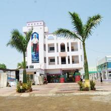 Hotel Utsav in Shirdi