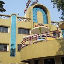 Hotel Vaibhav in Raigad