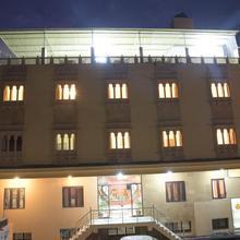 Hotel Vanraj Palace in Sawai Madhopur