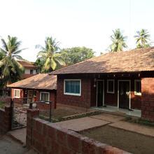 Hotel Varad Vinayak Home Stay in Mirya