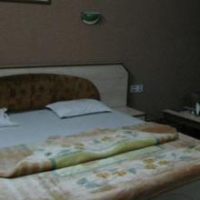Hotel Vardan in Sagar