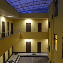 Hotel Varenya Inn in Yavatmal