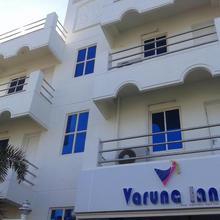 Hotel Yes Way Inn in Oragadam