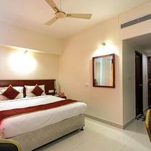 Hotel Vassi Palaze in Chengalpattu