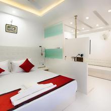 Oyo 13599 Hotel Venkatesh Regency in Baghdogra
