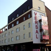 Hotel Versal Airport Modlin in Czosnow