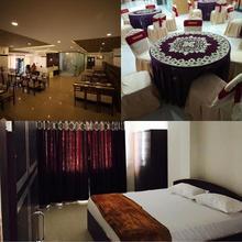 Hotel Vibhavari in Gaudavalli