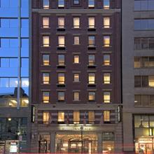 Hotel Victoria in Toronto