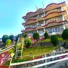 Hotel Victoriya Palace in Kangra