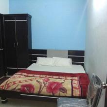 Hotel Vijay in Hinganghat