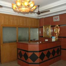 Hotel Vijayabhanu in Vishakhapatnam